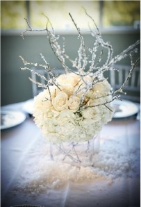 inspiring-winter-wedding-centerpieces-24-500x736
